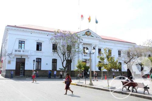 Los alcaldes de Tarija se sienten marginados por el gobernador