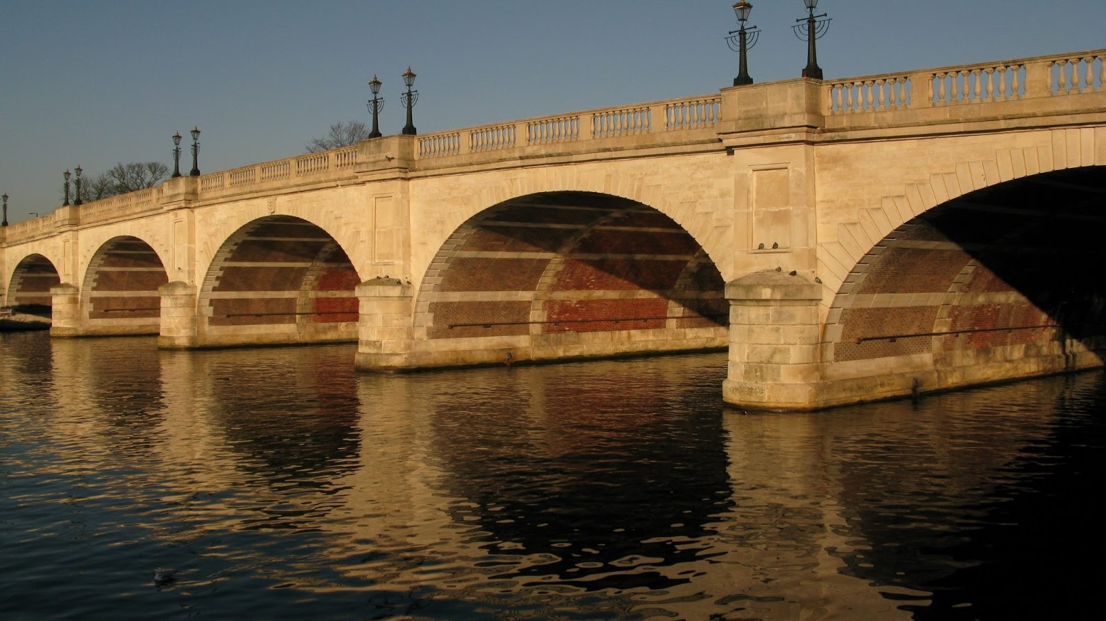 Beautiful Bridges: Kingston Bridge wallpapers