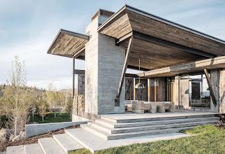 Современный дом, в гармонии с природным ландшафтом
