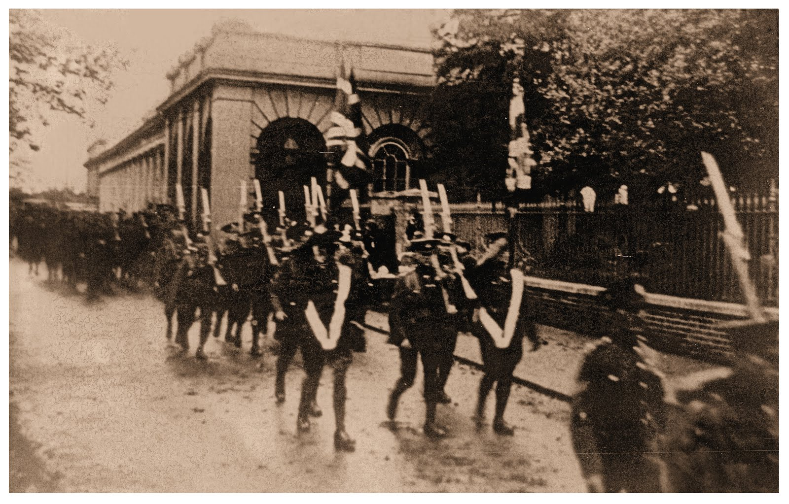 Duke of Wellingtons Regiment leaving the station