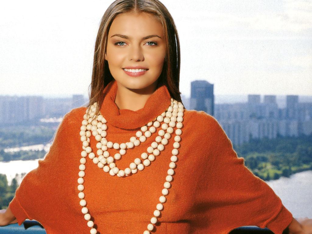 Russian Woman Is Feminine She 108