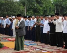 Arti Mimpi Menjadi Imam