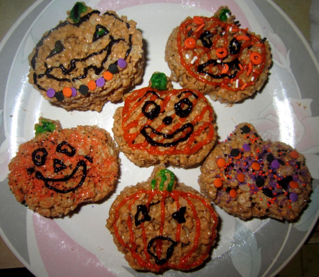 The Holidaze: Pumpkin Spice Krispies Treats