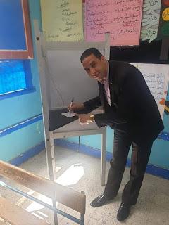 بالصور الحسيني يدلي بصوته في التعديلات الدستورية