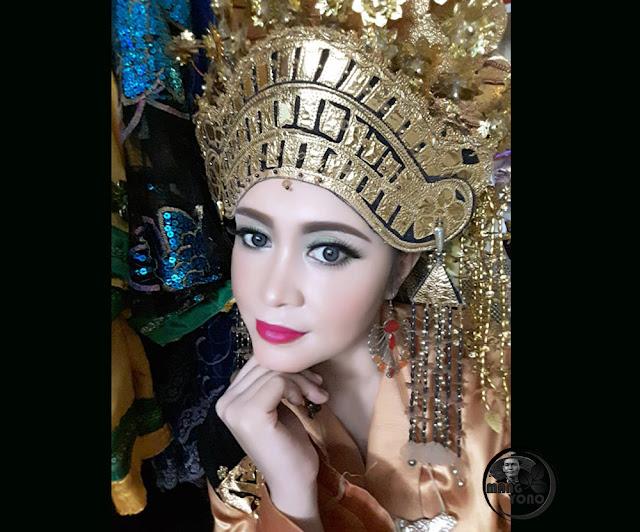 Neng Chaca (OLive ) penari dan model dari Batam