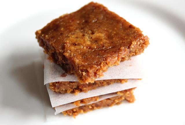 Vegan No-Bake Caramel Fudge