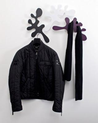 Diseño industrial colgadores de ropa.