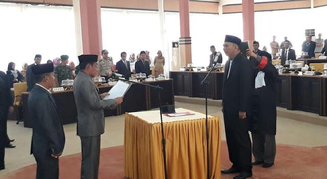 Foto Alfian dilantik