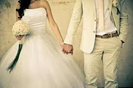 بعد الزواج.. 5 أمور مضحكة ستكتشفينها في زوجكِ!