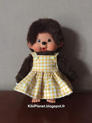 Nouveau vêtement : Une jolie petite robe faite main pour Kiki ou Monchhichi, handmade, couture