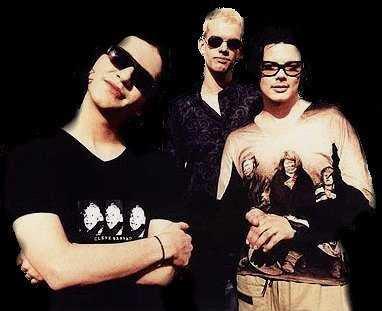 Foto de Placebo posando para fans