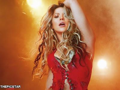 صور، إغراء، المغنية، شاكيرا، Shakira، ساخنة، عارية، مثيرة، وجه، إطلالة، صدر، رقص