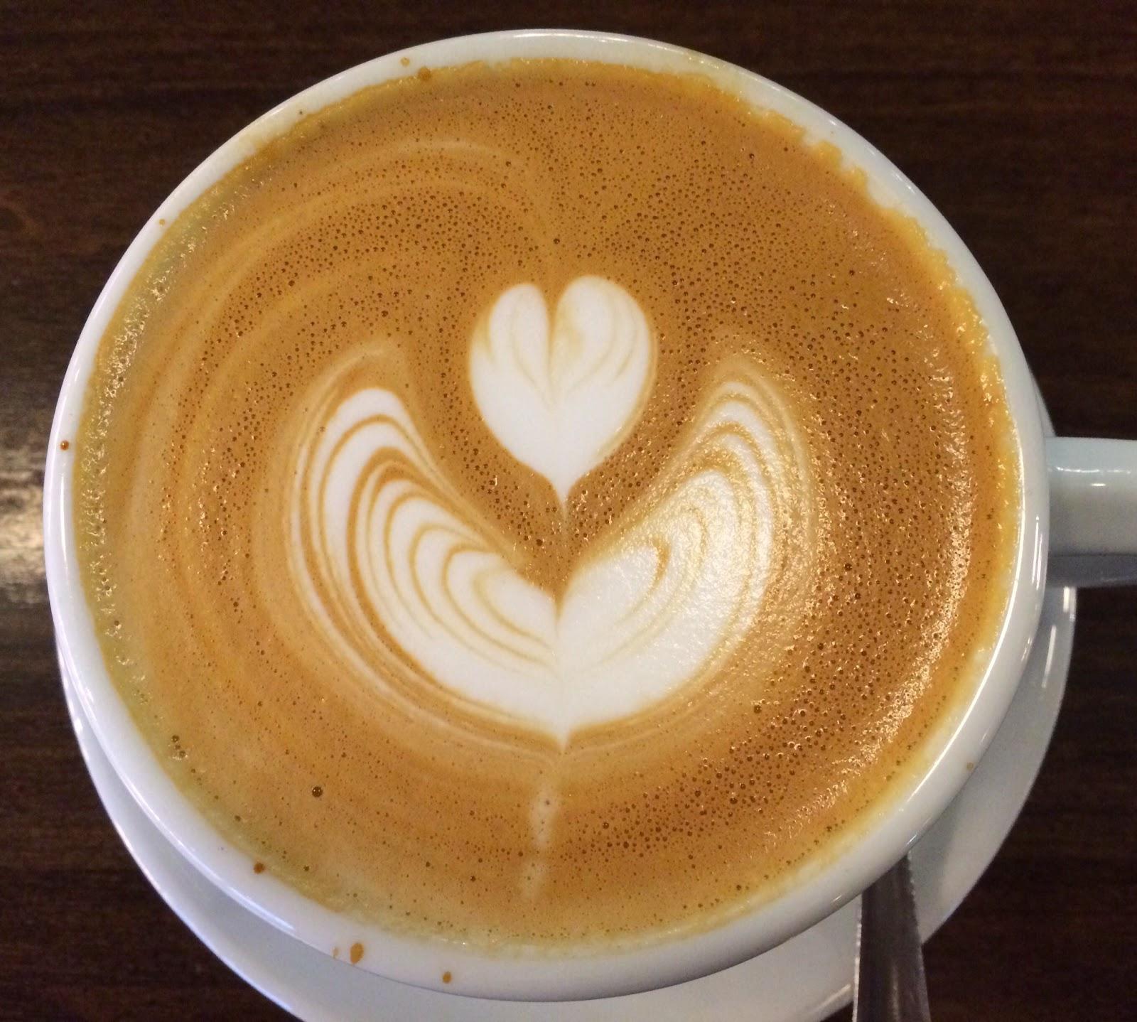 Caffe Latte From Blue Bottle Coffee / ブルーボトルコーヒーのカフェラテ