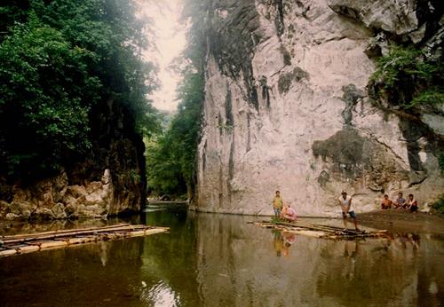 Marmol Cliff - Tuburan, Cebu
