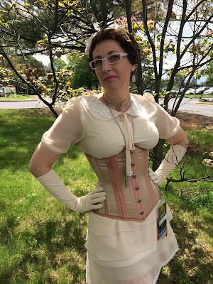 Gail Carriger in Blush Pink at Steampunk Worlds Fair