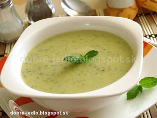 Krémová cuketová polievka - recepty