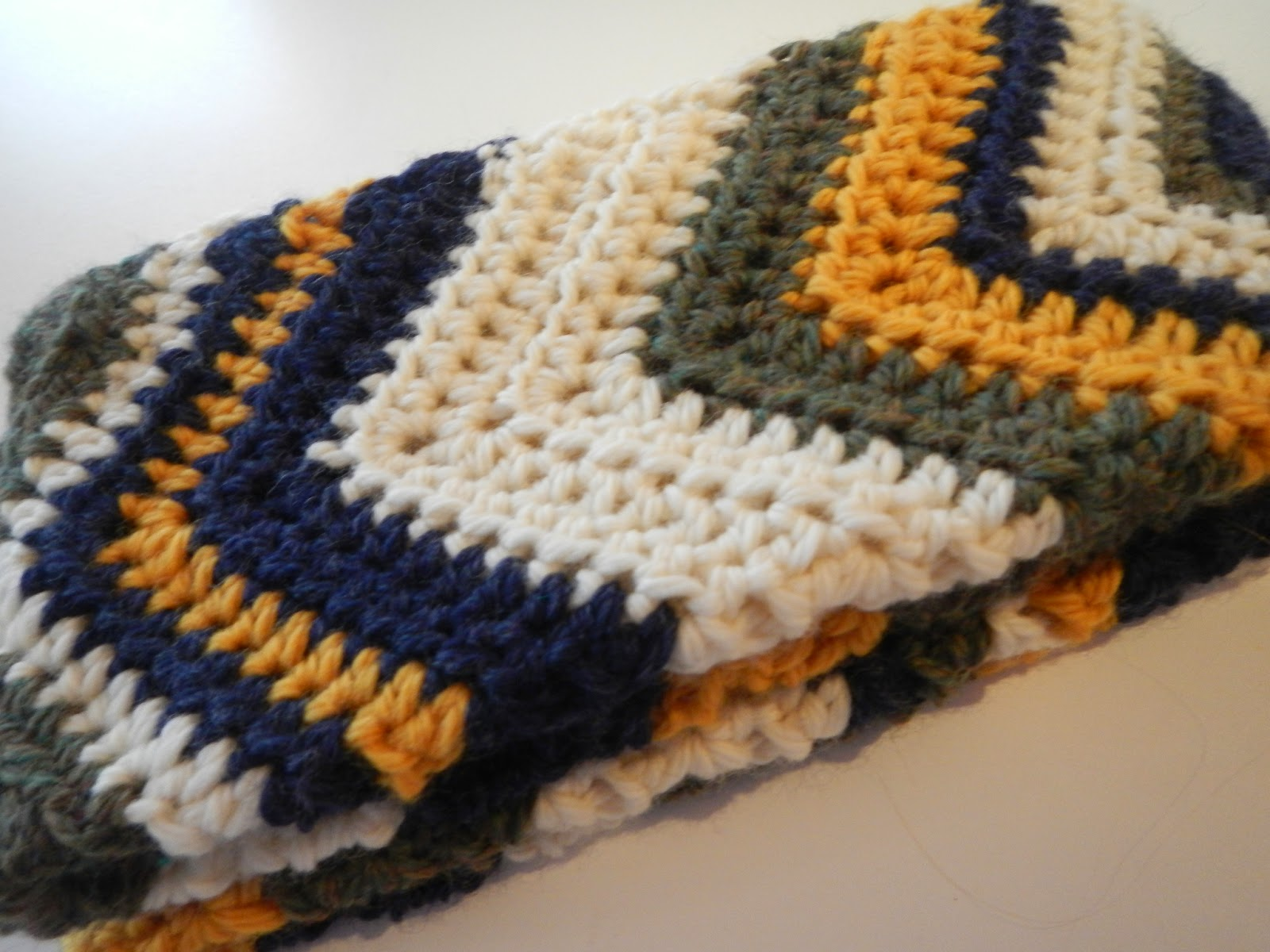 Apple Blossom Dreams Chevron Infinity Scarf From Free Pattern