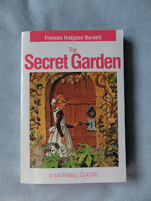 The Secret Garden by Frances Hodgson Burnett | Two Hectobooks