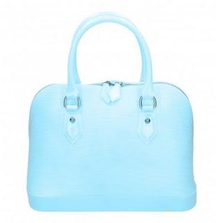 pastellblå väska höga klackar