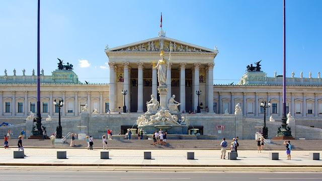 Passeio pelo Parlamento em Viena