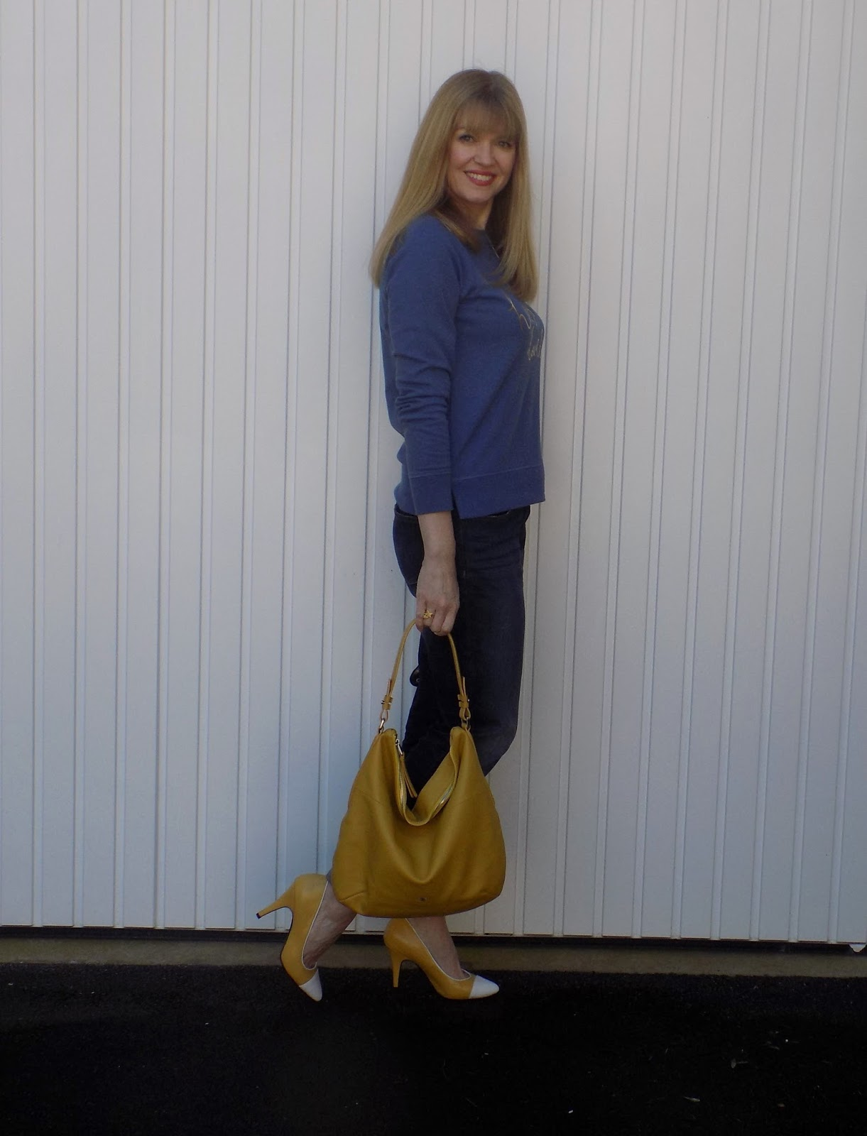 Boden slogan sweatshirt with boyfriend jeans, yellow Yull shoes and yellow handbag