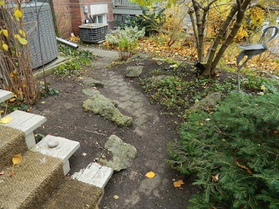 Toronto Fall Cleanup Riverdale Front Garden After by Paul Jung Gardening Services--a Toronto Organic Gardener