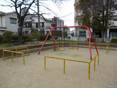 布屋公園ブランコ
