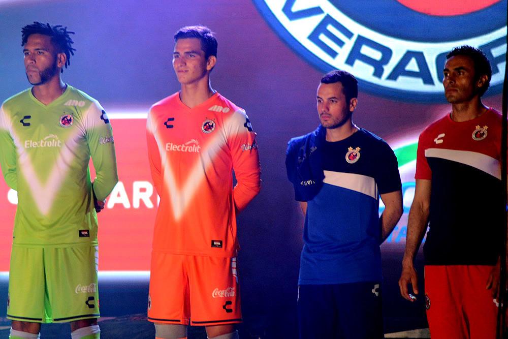 Veracruz presentó sus nuevas camisetas para el Apertura 2016
