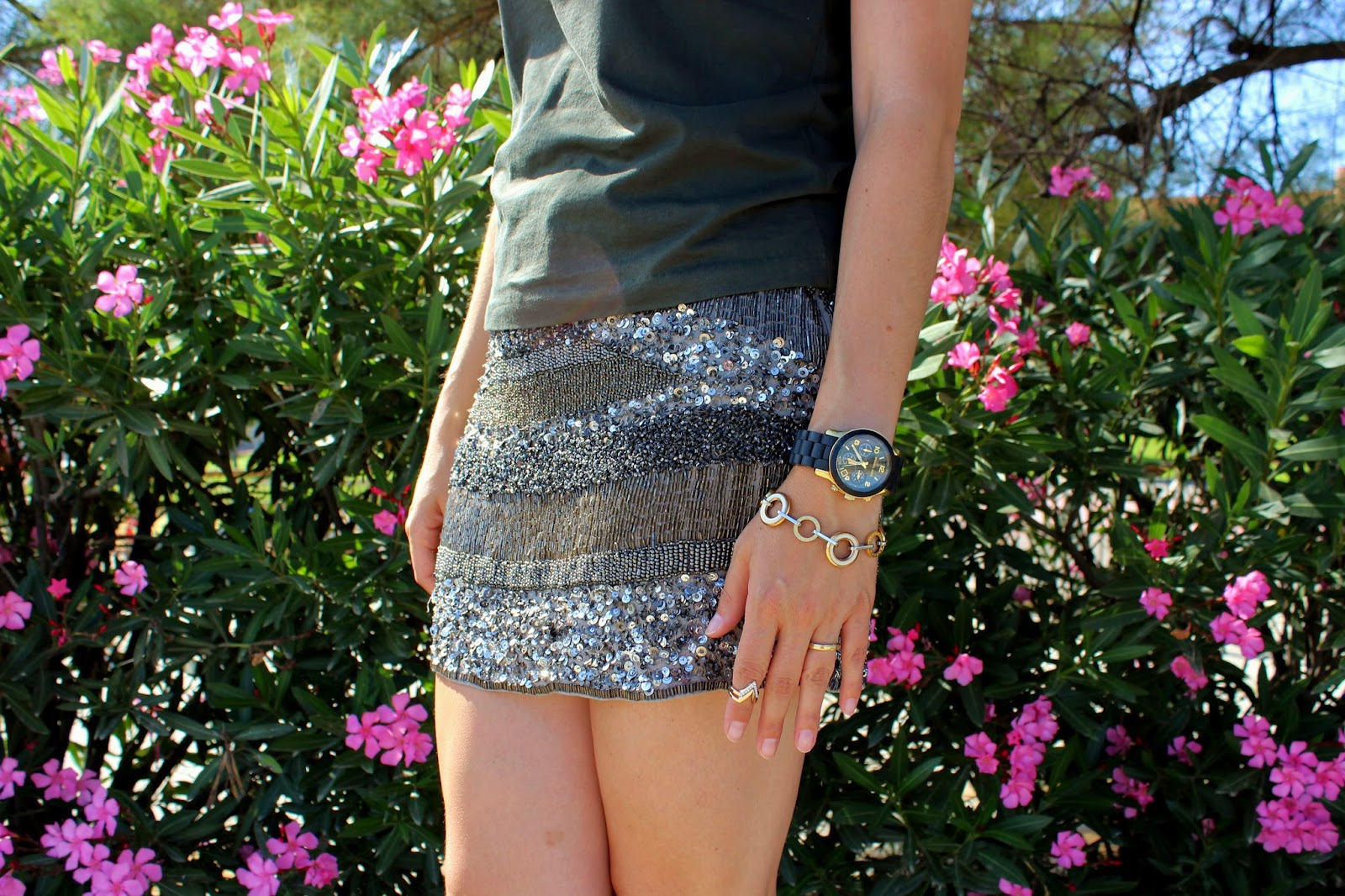 1da4fb7b2c I combine it with a military green tee and dark gray sandals. Do you like  wear this kind of skirts  Have a good day sweeties!