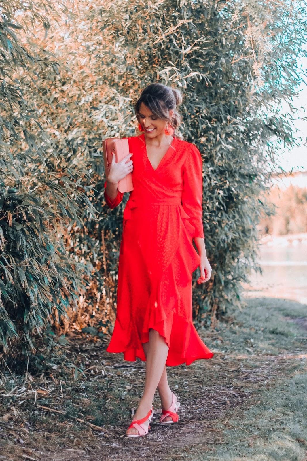vestido invitada midi rojo