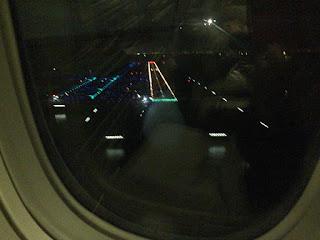 2016-04-14: 6レグ JAL026 香港 - 東京・羽田 エコノミークラス