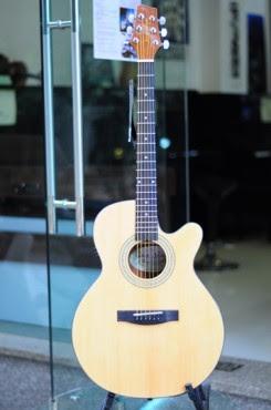 Giá Đàn Guitar Acoustic Stagg NP32MJCBB hiện nay là bao nhiêu
