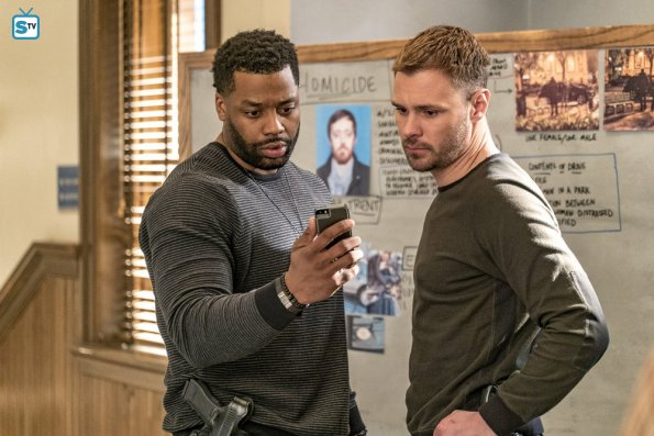 Chicago PD - Little Bit Of Light - Review