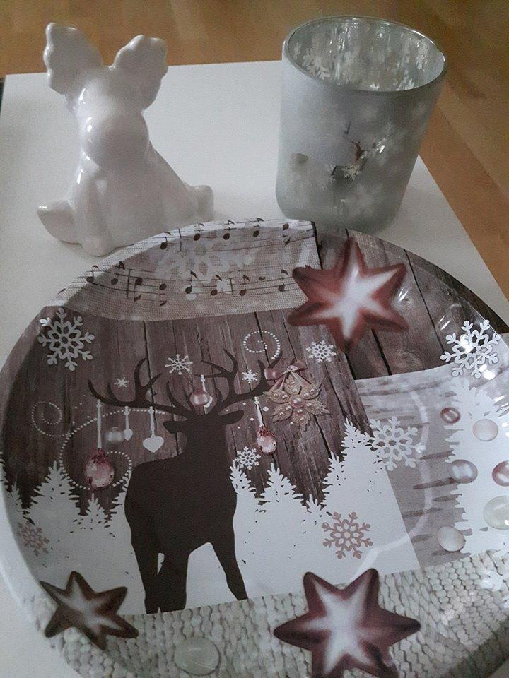 rosa w lkchen erste weihnachtliche deko und mein leckerer gewinn. Black Bedroom Furniture Sets. Home Design Ideas