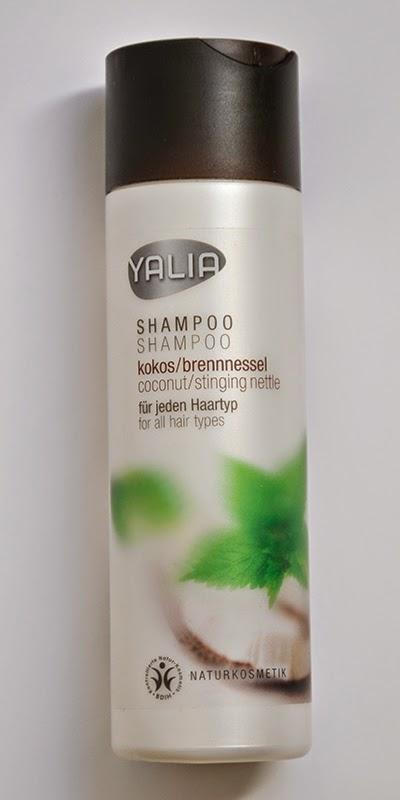 die schwarze sch nheit ein sulfatfreies shampoo yalia kokos brennessel. Black Bedroom Furniture Sets. Home Design Ideas