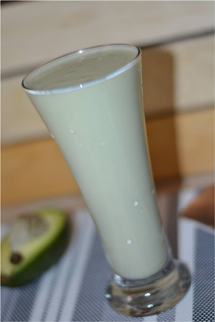AVACADO SMOOTHIE/ AVACADO MILK SHAKE / BUTTER FRUIT MILK SHAKE