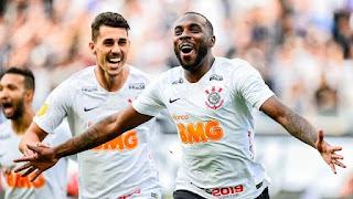 Corinthians vence o Santos por 2 a 1  e abre vantagem na semi-final