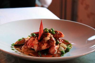 "Hummer essen ""Naked Lobster"" - ein nackter Hummer im Rossmount Inn in New Brunswick"
