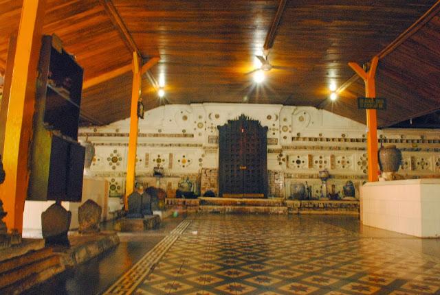Pemprov Ajak Warga NU Wisata Religi ke Makam Walisongo