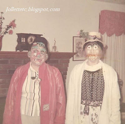 Halloween about 1966 Lucille Rucker Davis and Barbara Davis Shifflett https://jollettetc.blogspot.com