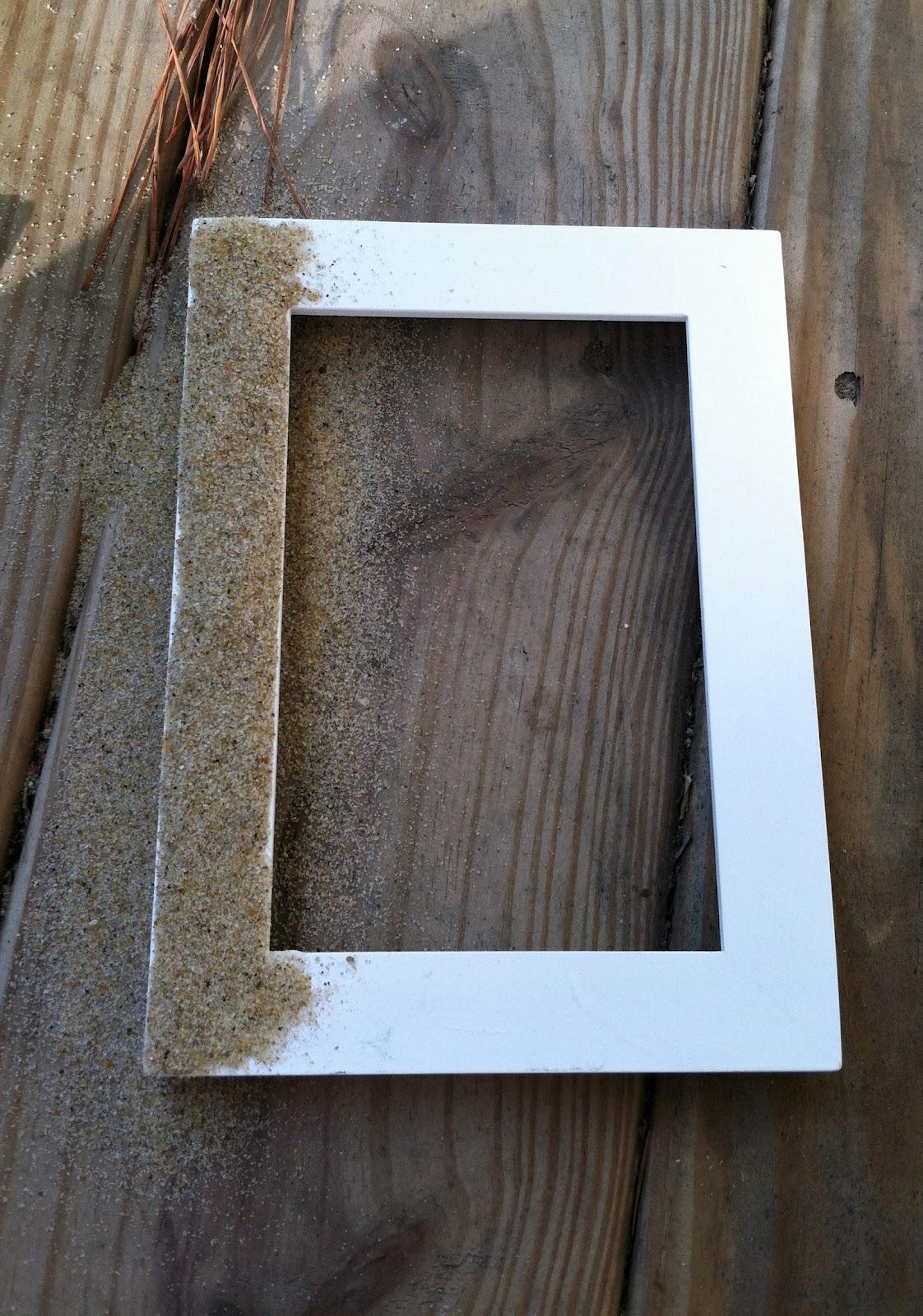 Diy Beach Sand Amp Seashell Picture Frame Meg Joins The Navy