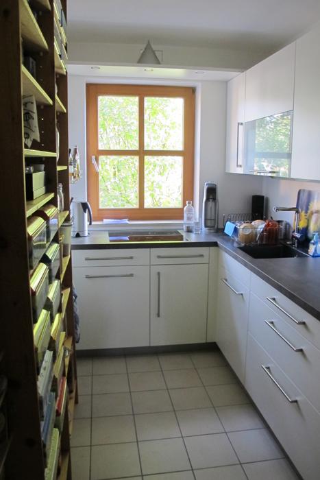 dunstabzug ber fenster klimaanlage und heizung zu hause. Black Bedroom Furniture Sets. Home Design Ideas