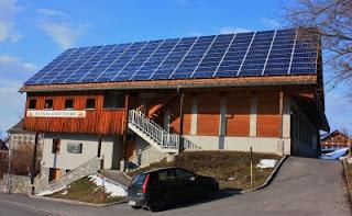 Erzeugung solarer Wärmeenergie und Kühlung