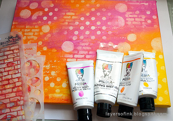 Layers of ink - Mixed Media Layers with Stencils and Stamps Canvas Tutorial by Anna-Karin Evaldsson with Dina Wakley Ranger Studio paints