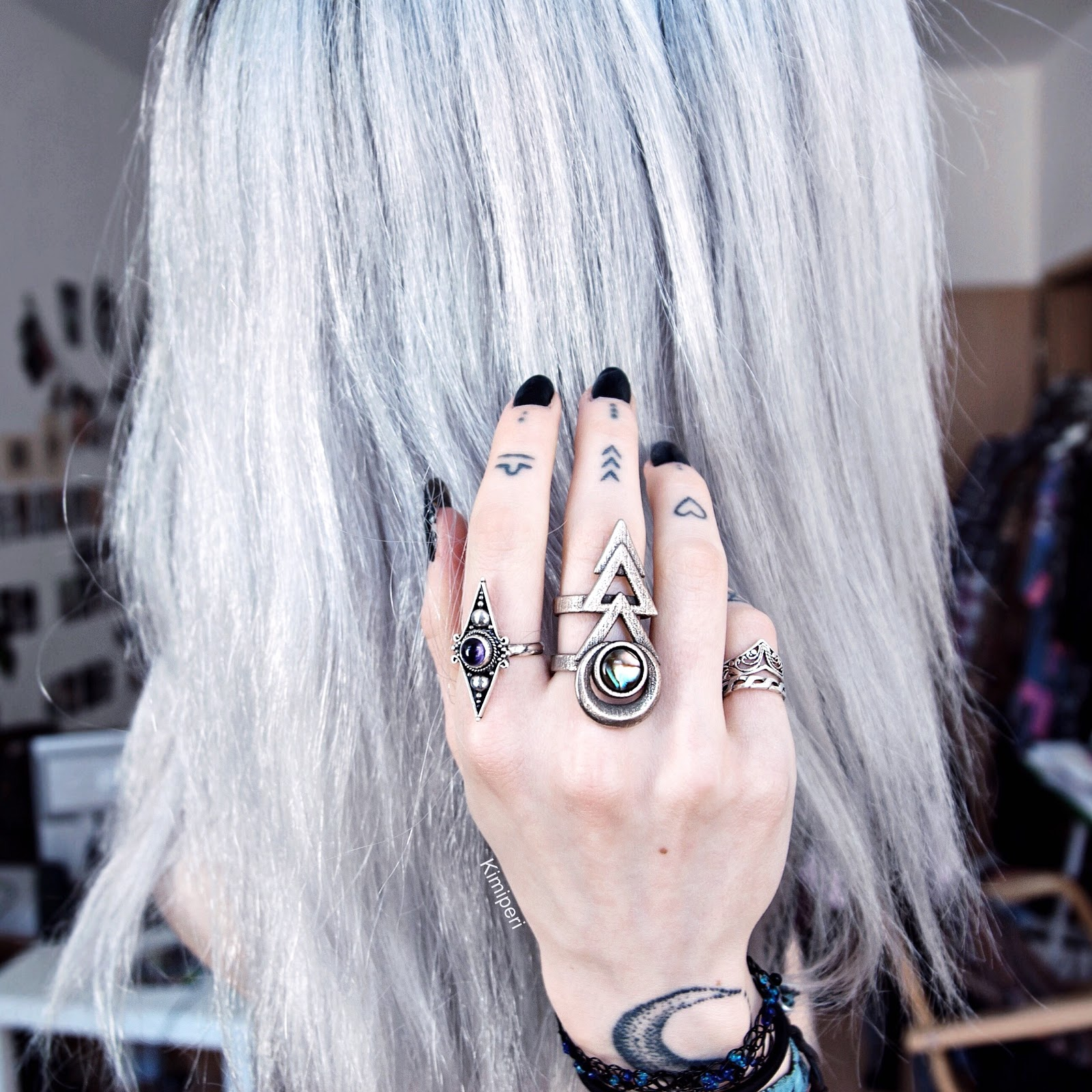 how to draw silver hair