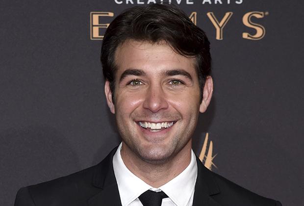 O ator James Wolk foi confirmado para a série, ainda não se sabe oficialmente o personagem que ele dará vida, mas segundo o Deadline, o ator interpretará um jovem senador.