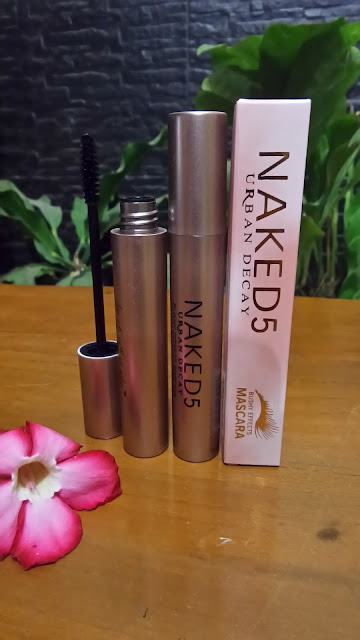 MASCARA NAKED 5 BUSHY EFFECTS Waterproof