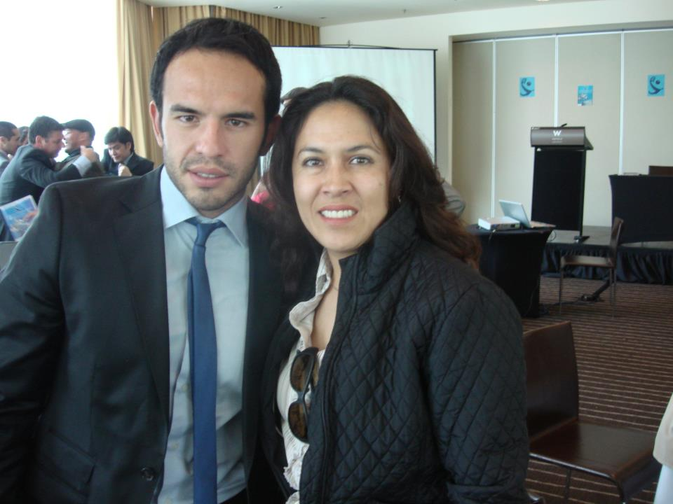 Monica Resendiz La reina de la Cumbia andina y el primer actor Guillermo Ivan