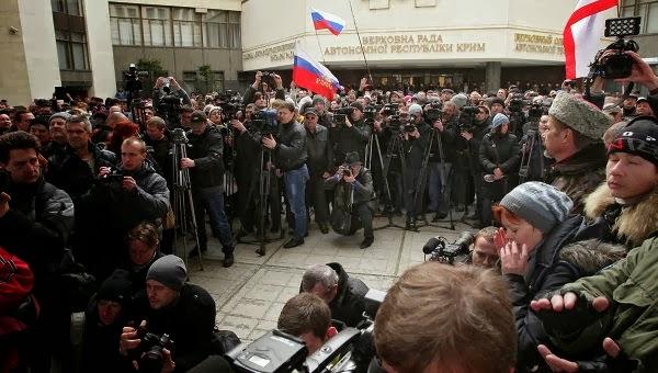 Ραγδαίες εξελίξεις! Καταρρέει η Ουκρανία! Τρεις νότιες επαρχίες ζητούν να προσαρτηθούν στην Κριμαία