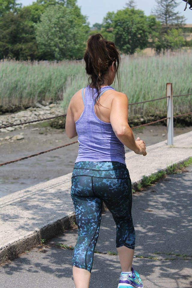 lululemon-iris-swiftly